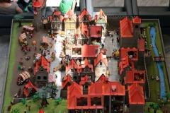 100-Die-Stadt-01-1