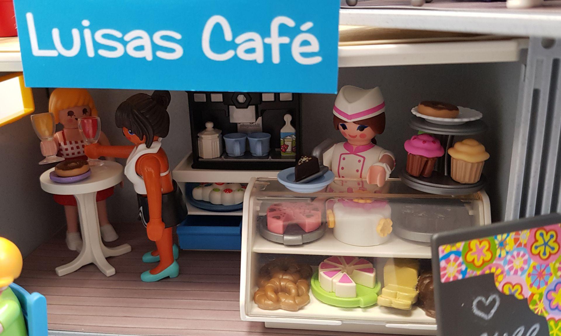 IRU_0140_Cafe2